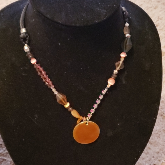 Express Jewelry - Express beaded necklace